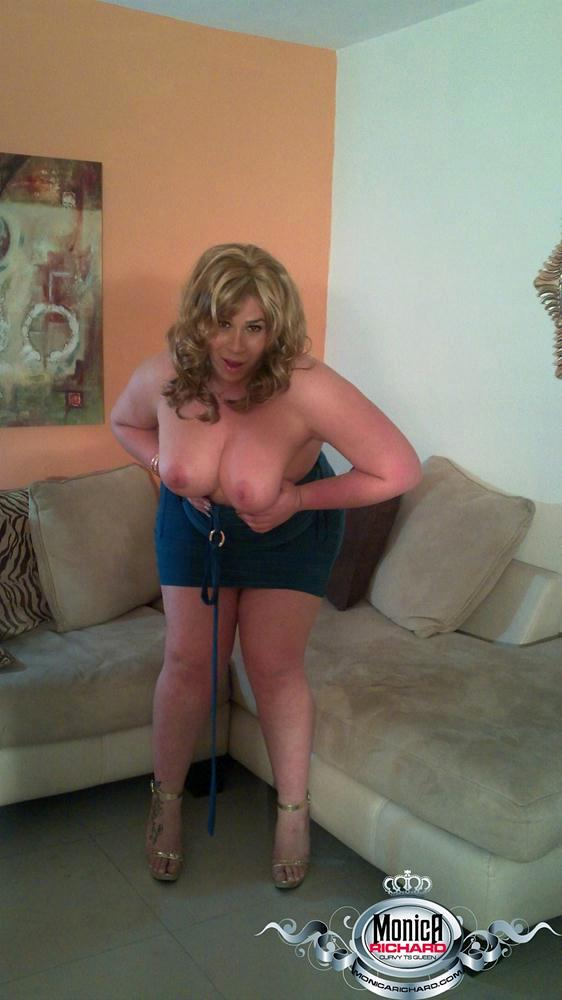 BBW TGirl With Enormous Breasts Strips