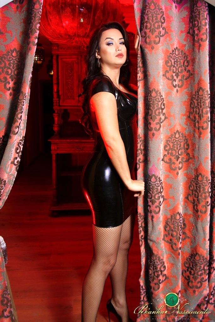 Bianka Likes To Get Freaky In A Beautiful Latex Dress