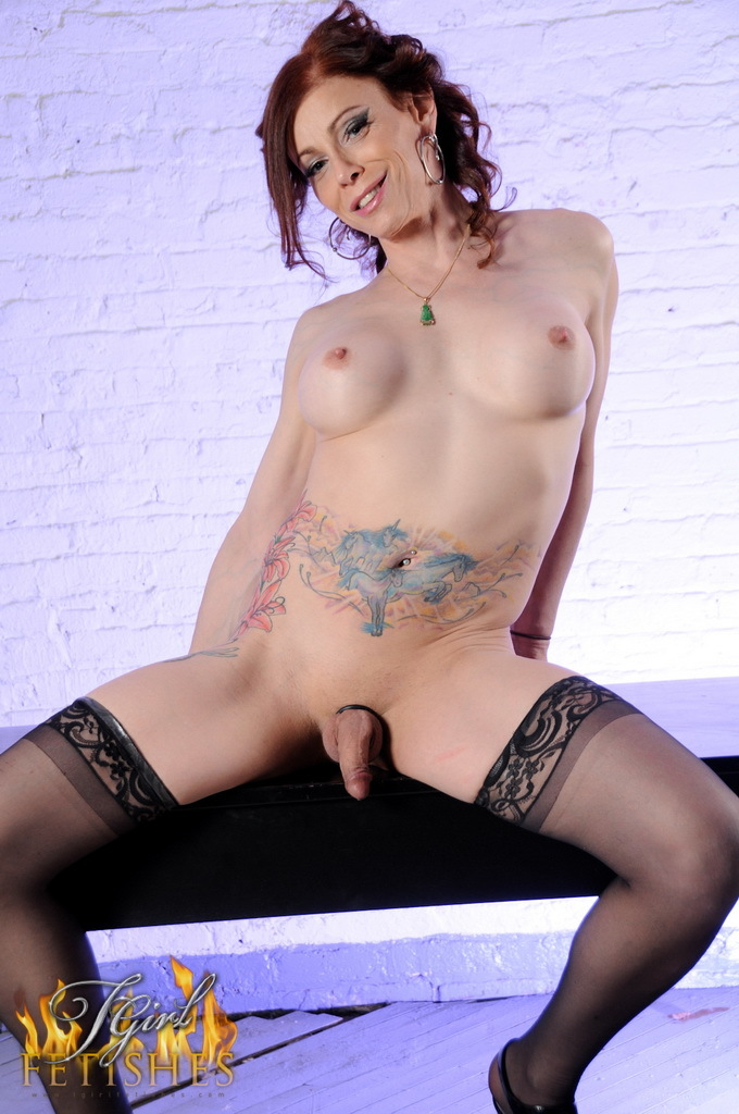Dirty Jasmine Lactates Bangs Her Bum
