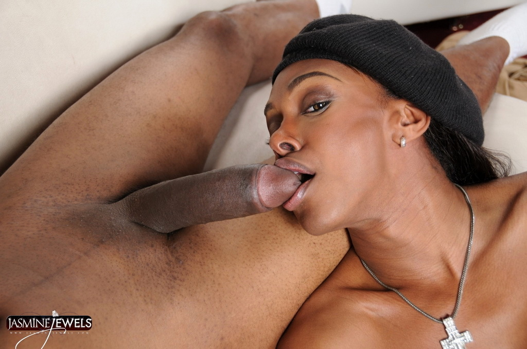 Flirtatious Jasmine Natalia Giving A A Blowjob