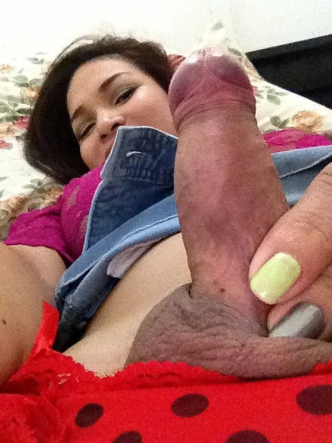 Horny Vitress Tamayo Showing Off Her Tool On Her Phone