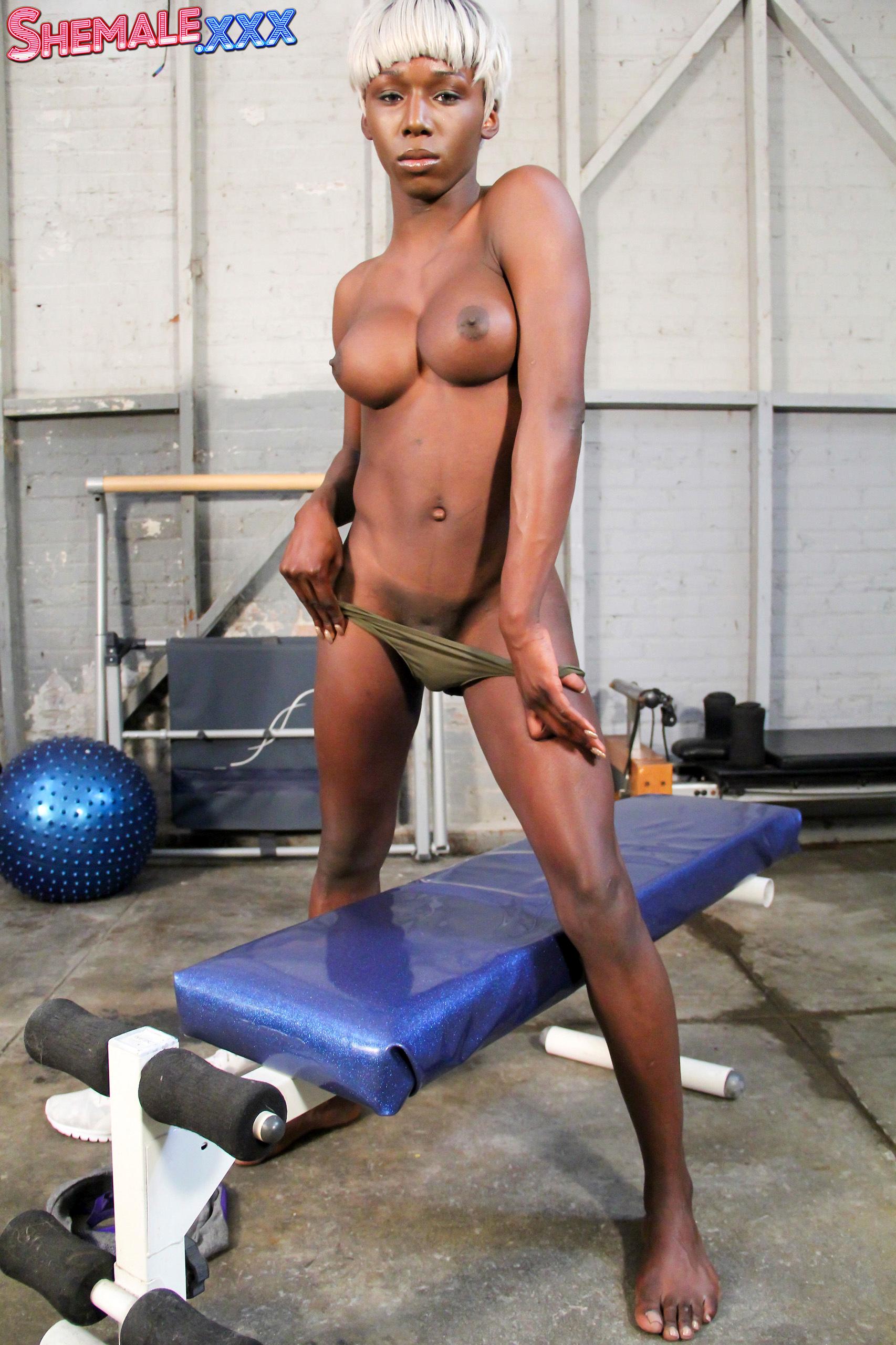 Kendall Dreams, Your Nasty Gym Buddy!