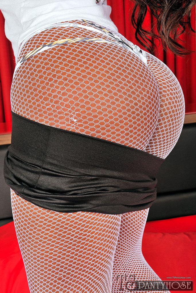 Massive Booty Ts Smashed In White Fishnet Hose