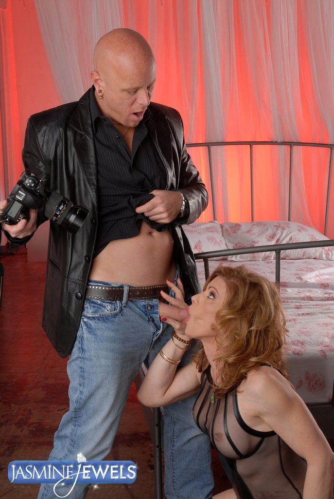 Nasty TMILF Gets Ruined By Her Photographer