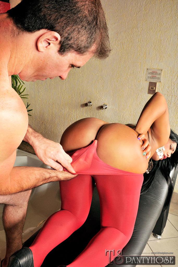 Pantyhose Clad Brazilian Ladyboy Sex