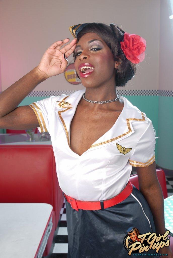 Sensuous Ebony Bambie Showing Her Voluptuous Body