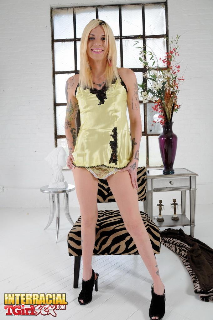 Sexy Chelsea Posing Her Stiff Cock