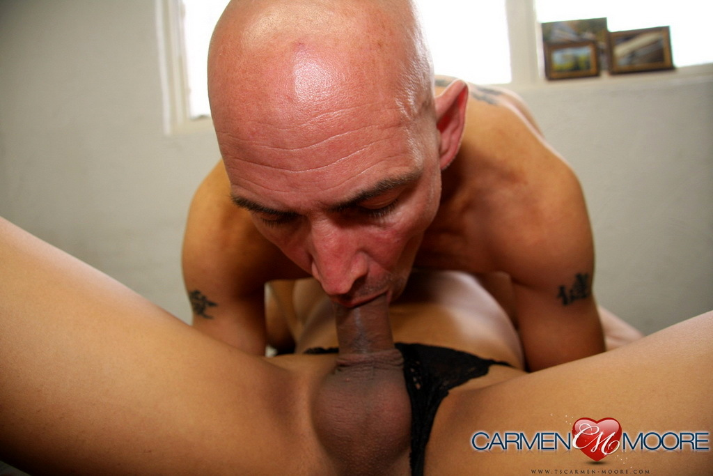 Steamy Carmen Moore Sucked And Ruined At The Office