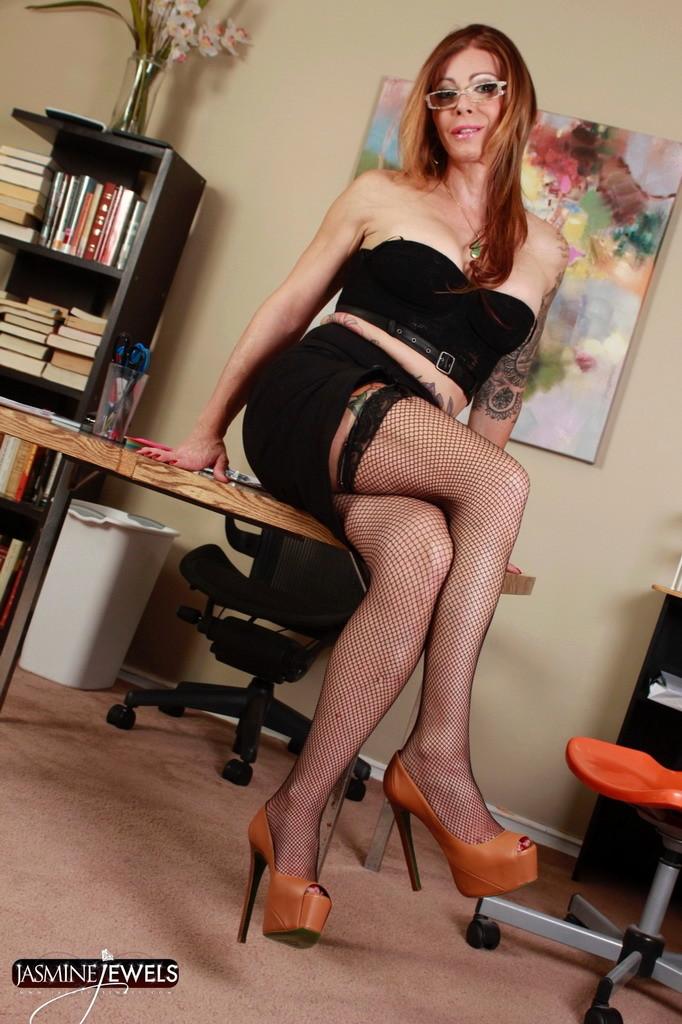 Suggestive Boss Jasmine Strips In Office