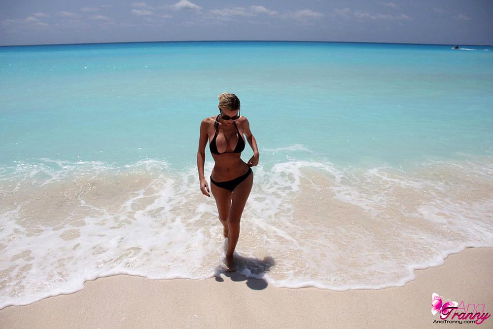 Tgirl Ana Mancini Out For A Swim