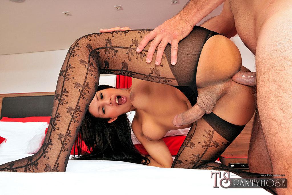 TGirl Gabriella De Carvalho Smashed In Pantyhose