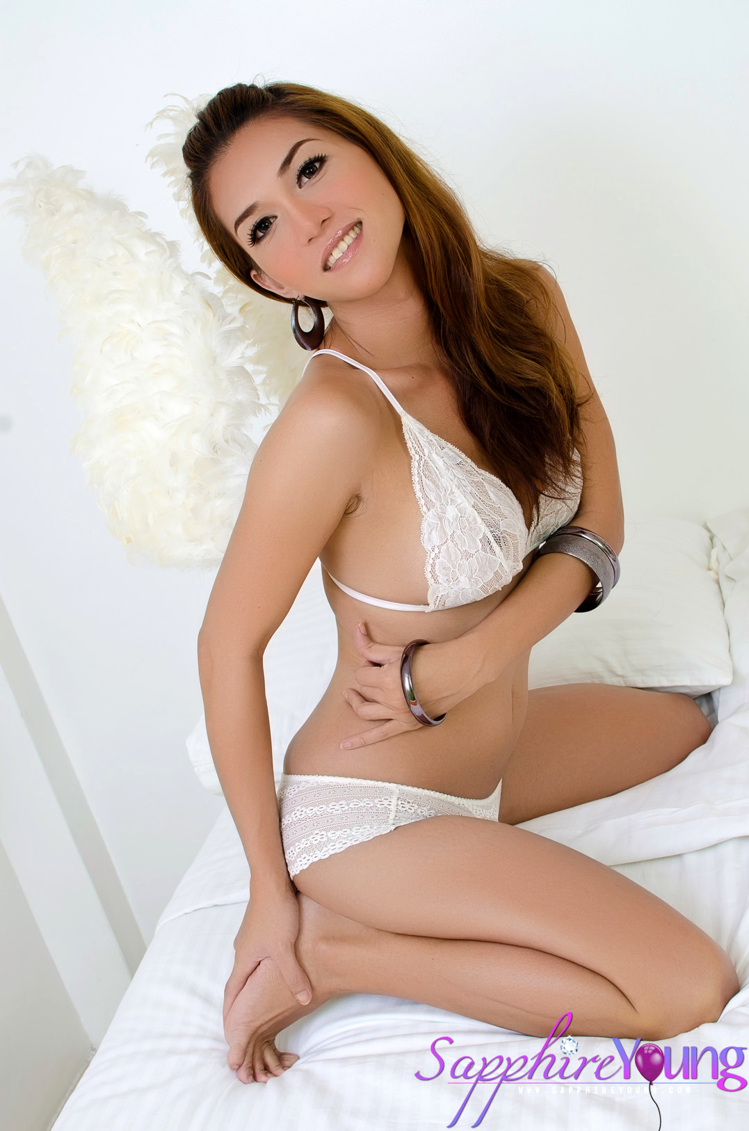 Thai Femboy Sapphire Young Is A Hungry Angel That Gives Us A Great Cumshot