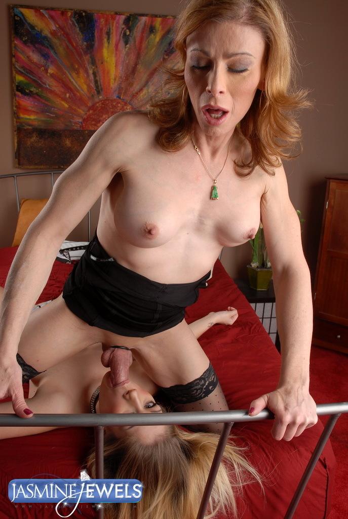 Transsexual MILF Training Her Tinie Bitch