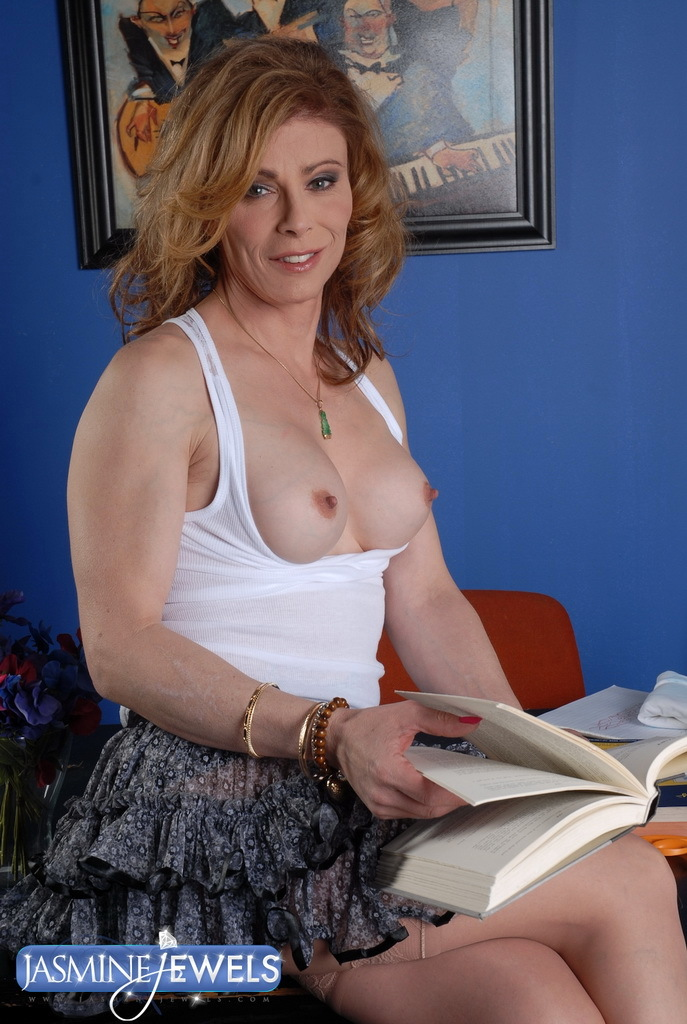 Transsexual Teacher In Need Some Tool