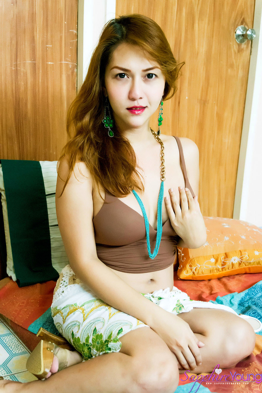 Very Natural Yet Very Innocent Ladyboy Showing Her Tool