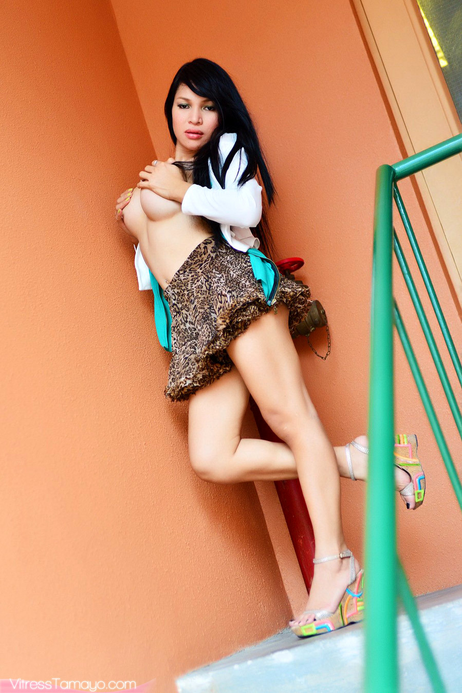 Whore With A Ccok Gives Us A Delicious Upskirt