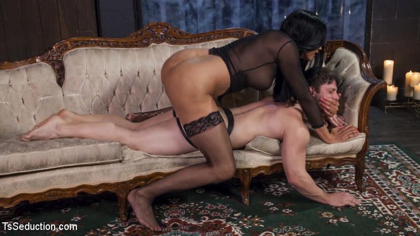 Yasmine Lees Relentless Rough Pounding Dick