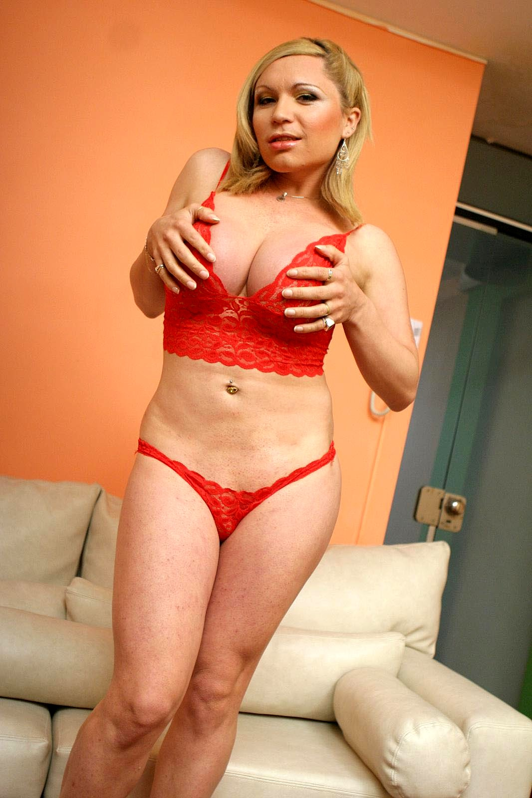Curvy Femboy Karen Visconti Getting Her Transexual Tool Tease
