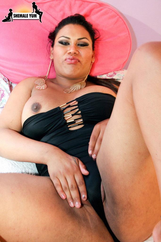 Curvy Slutty Tranny Strips