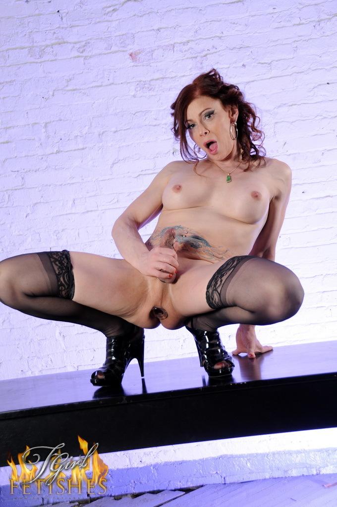 Dirty Jasmine Lactates Bangs Her Butt
