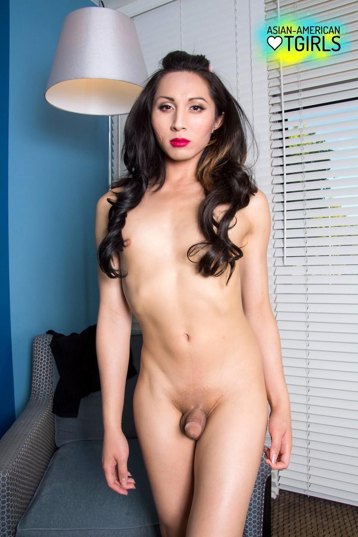 Gorgeous Thai Tranny Lexi Barb