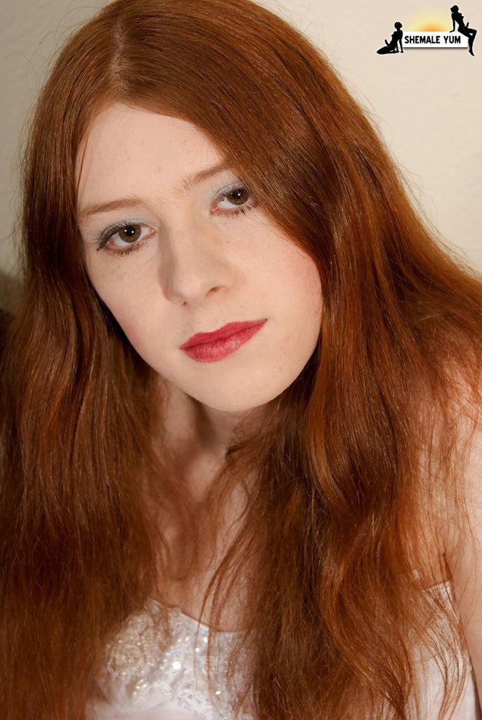 Redhead Femboy Babe!